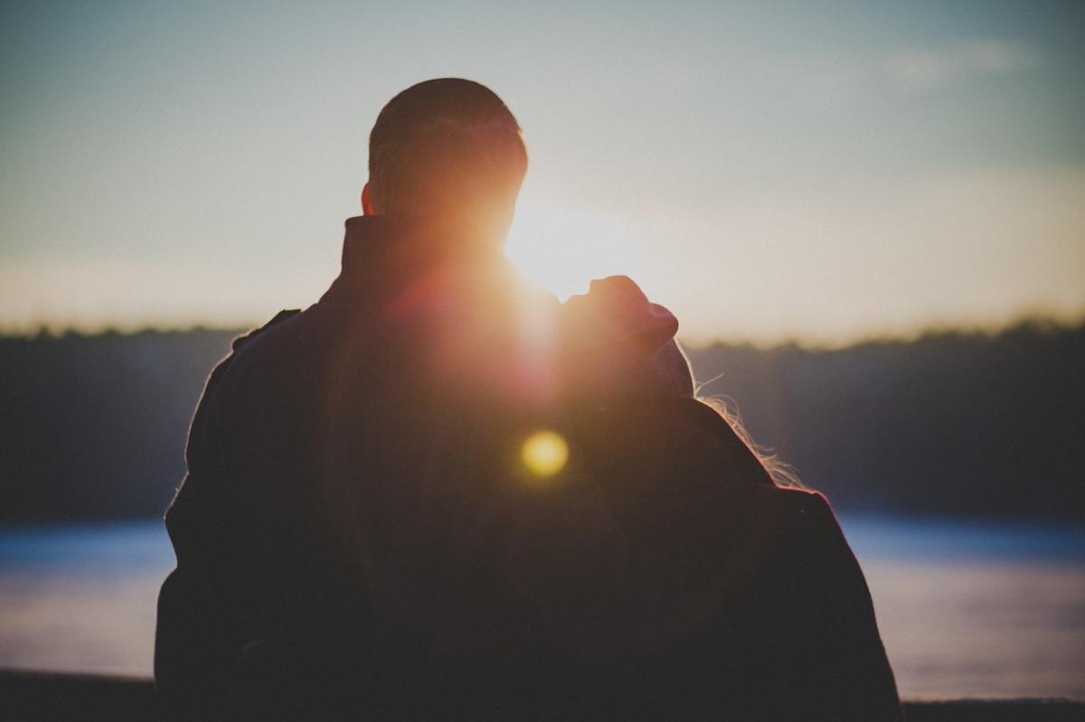 En la Tragedia También se Encuentra el Amor en la Mediana Edad