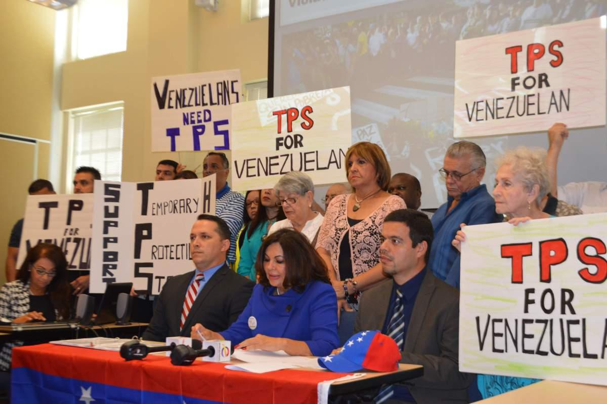 Senadores Piden a Trump se Extienda el TPS a Venezolanos en Estados Unidos